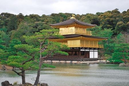 Kinkakuji the golden japanese temple