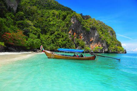 koh: Longtail Boat - Monkey Bay, isla de Koh PhiPhi, Tailandia