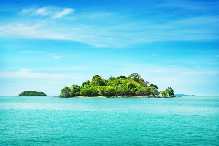 islands in the sky: Tropical island