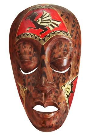 arte africano: M�scara africana aislada en blanco Foto de archivo