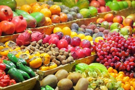 cumquat: Fresh fruits at a market