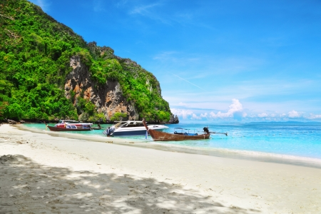 Longtail Boat - Koh PhiPhi Island, Thailand Stock Photo - 15628259