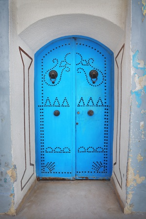 Old blue door made of wood Stock Photo - 15953261