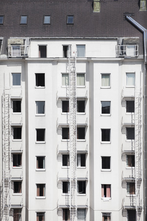 scaling ladder: Facade of a building