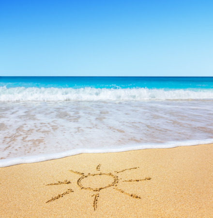 simbolo della pace: Spiaggia Archivio Fotografico