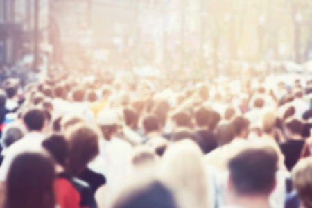 bewegung menschen: Menschenmenge Lizenzfreie Bilder