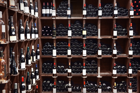 wine gift: Wine shop