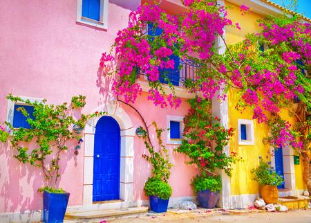 Calle en Cefalonia, Grecia Foto de archivo - 59789969