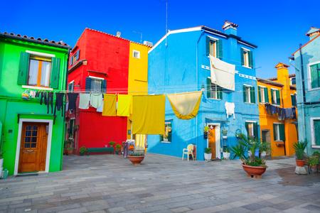 case colorate: Colorful houses in Burano, Venice, Italy Archivio Fotografico