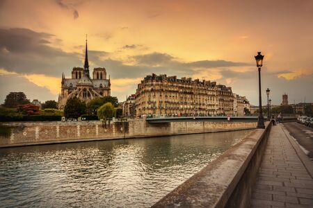 dome of the rock: Paris