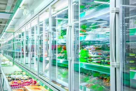 Refrigerator in the supermarket 스톡 콘텐츠