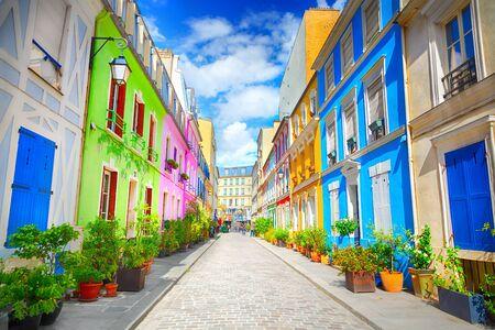 Cremieux Street (Rue Cremieux), Paris, France. 版權商用圖片