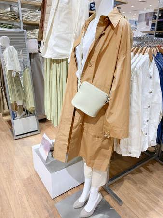 Female mannequin inside a fashion story Stock fotó