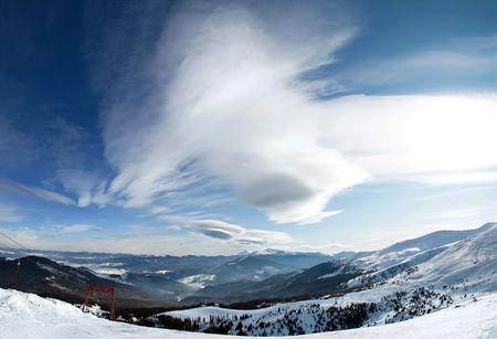 촉각 근: 겨울 산악 풍경