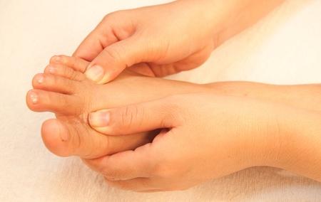 reflexologie plantaire: massage des pieds de la réflexologie, soin des pieds spa, Thaïlande