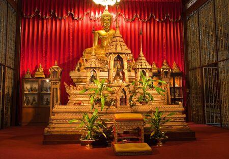 trone: Buddha inside Thai Temple, Thailand.