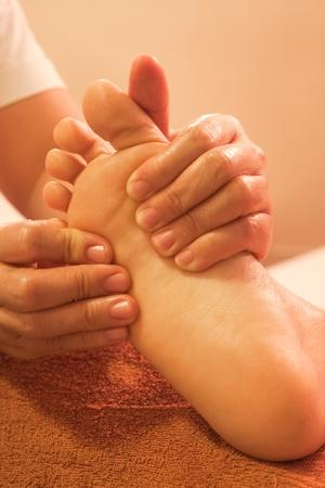 massage pied: massage de r�flexologie plantaire, soin des pieds spa, Tha�lande