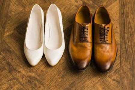 結婚式の美しい靴、人の靴、女性の靴