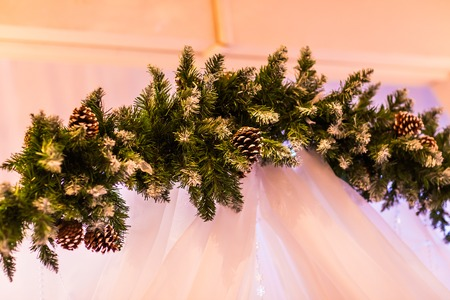 winter wedding: Christmas decorations arches for a winter wedding
