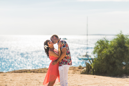 romantic beach: Romantic couple kissing on the beach. Travel