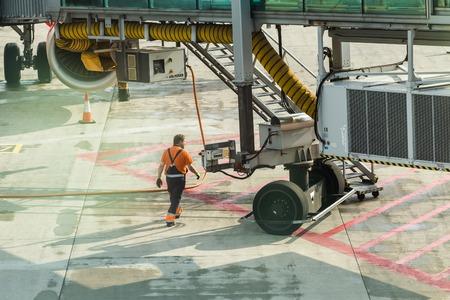 프라하, 체코 공화국 -2011 년 6 월 16 일 : 항공기 준비 비행.