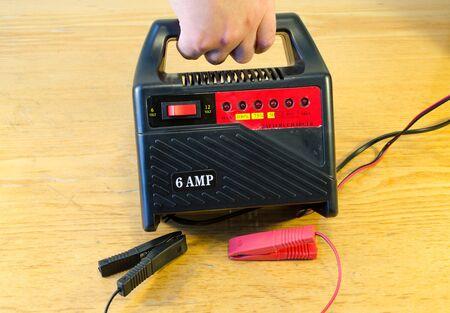 12v: Mano acumulador 6V 12V 6AMP herramienta autom�vil coche bodega cargador de bater�a simple utilizar en casa