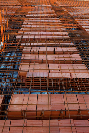 binding: iron binding for concrete Stock Photo