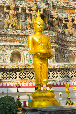 architecture ancient: Buddha Wat Arun are architecture ancient remains important of Thailand.