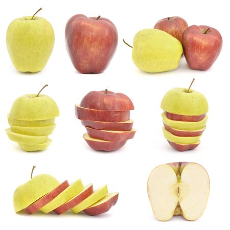 Red and yellow apples. Sliced mix isolated on white background Foto de archivo - 150233103