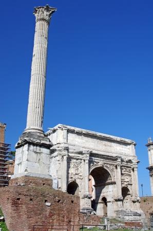 sever: Roman ruins (Arch of Septimius Sever) in Rome Stock Photo