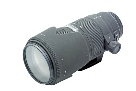 telezoom: Zoom photo lens for DSLR camera isolated on white