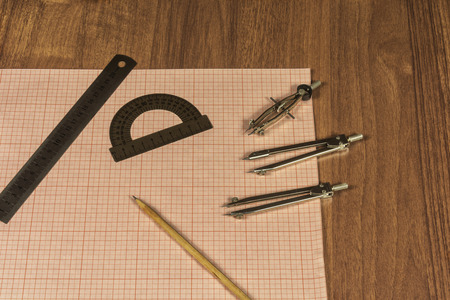 millimeter: Millimeter paper and drawing accessories