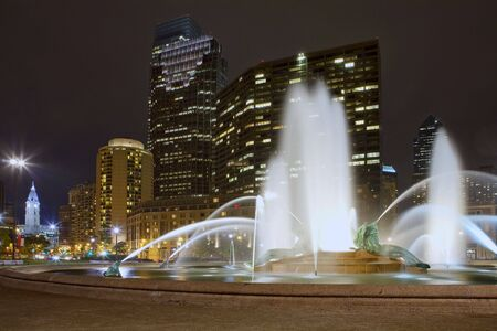 brotherly love: Beautiful fountain in front of the Philadelphia skyline Stock Photo