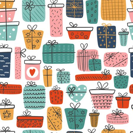 Seamless pattern of hand-drawn different gift boxes isolated on a white background. Colorful gifts for prints, cards, scrapbook. Vettoriali