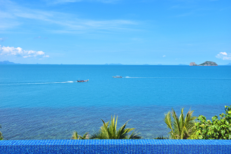 Swimming pool with beautiful view on Samui island at the luxury hotel, Thailand Stock Photo