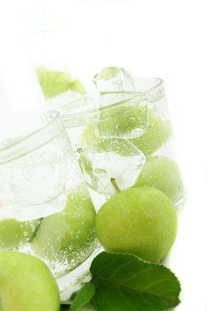 acqua di seltz: Apple nel verde soda