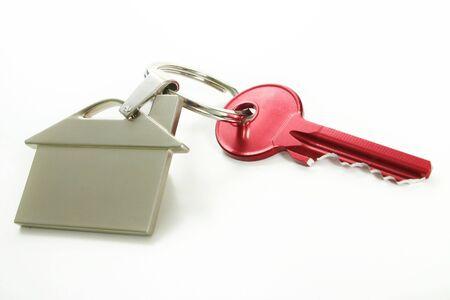 Widok z czerwonym klucza z domu rysunek na biały