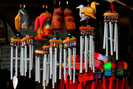 wood carvings: Wind chimes, wood carvings, animal, beautiful, melodic voice will sound when the wind blows.