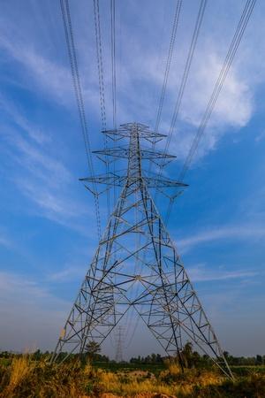 A torre de linha de transmiss