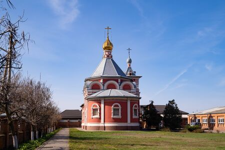 Russia Bataysk 03.28.2020 the Church of the ascension exterior of the building in the spring Stockfoto
