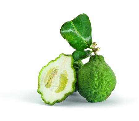 Citrus hystrix op witte achtergrond