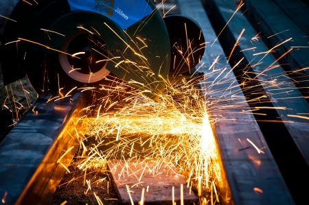 cutting steel with grinder closeup