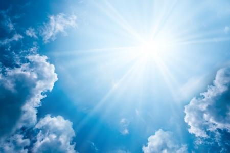 雲と太陽と空