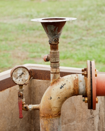 gage: Old of gage meter and water pipe