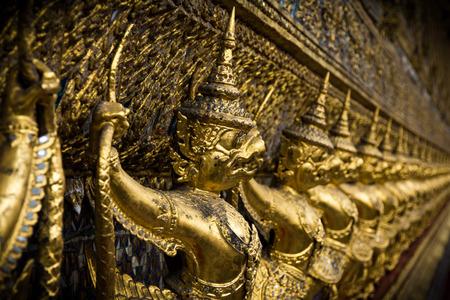 kaew: Garuda Wat Phra Kaew Editorial