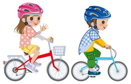 Niños que montan en bicicleta, llevaba casco, aislado