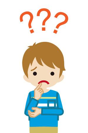 Ragazzo del bambino che ha dubbi su qualcosa con tre punti interrogativi -vita in su