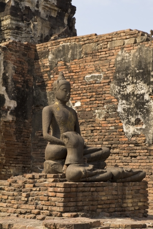 Ancient Buddha Stock Photo - 19354843