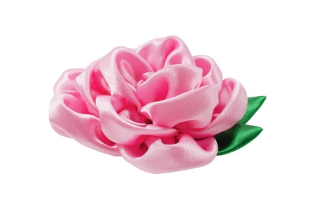 trabajo manual: Hermosa flor artificial del trabajo hecho a mano aislado en un fondo blanco