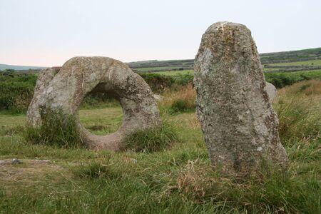 crick: Uomini Un Tol Standing Stone Archivio Fotografico